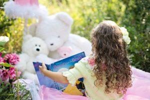 Čitanje - Devojčica koja čita